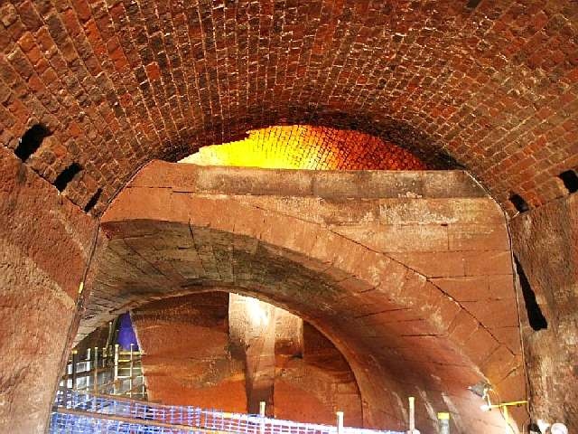 20150923-tunnel.jpg