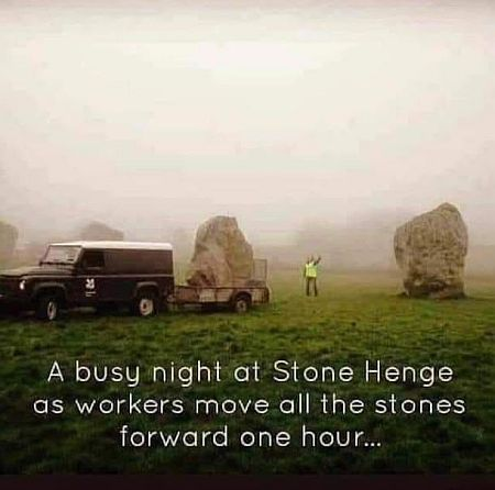 20210313-stonehenge.jpg